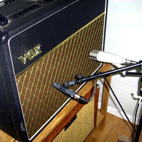 Bild: Mikrofonierung Gitarrenverstärker